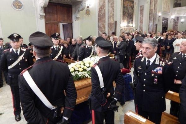 Funerale ecologico, funerale militare e funerale di povertà