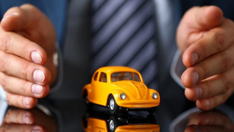 Rottamazione auto intestata a defunto
