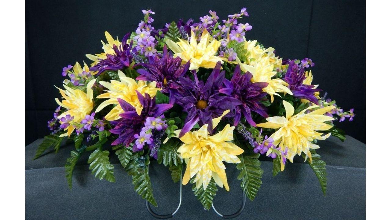 Composizioni floreali per cimitero: ecco alcune idee